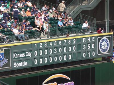 Baseball game 105