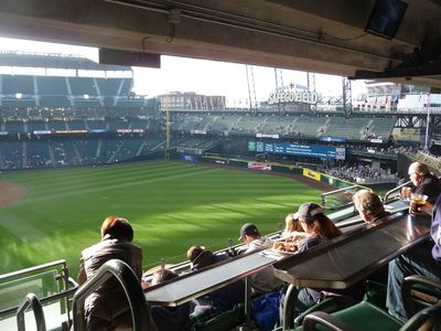 Mariners game in the Guest 